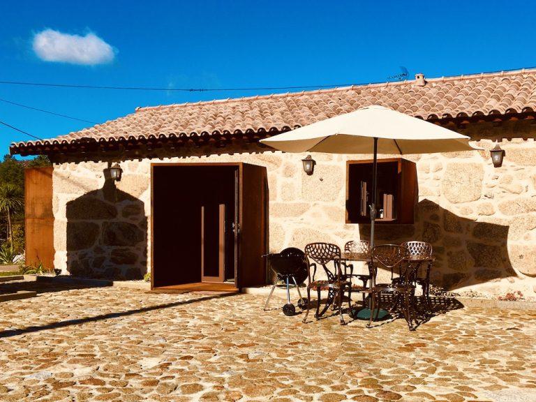 Exterior Casa da Mina Eido do Pomar